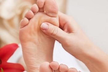Chinese Reflexology Massage